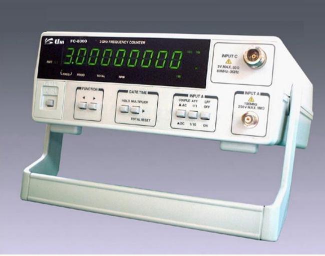 Máy đếm tần số Uni FC-8300 (3.7GHz)